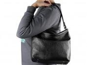 Новая кожаная черная сумка среднего размера