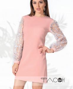 Платье с цветочной вышивкой