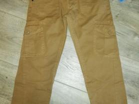 Новые брюки р. 128, с этикетками... Есть карманы,