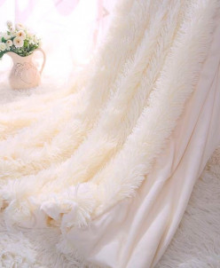 Плед пушистый цвет шампань