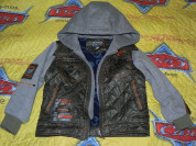 Куртка с капюшоном на флисе рукава с манжетами в