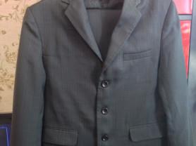школьный костюм 42-44 размер