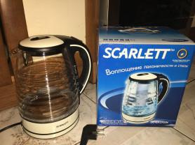 новый электрический чайник scarlett sc-ek27g06