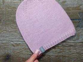 Вязаные шапки ручной работы
