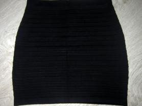 Трикотажная юбочка из шерсти 42-44