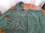 Спортивный велюровый костюм для девочки Benetton