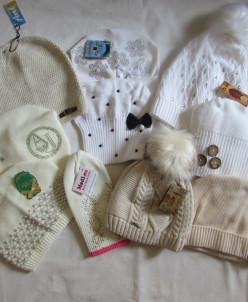 шапочки в бело-бежевом