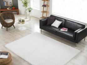 Пушистый белый ковер с ворсом Glam 140 x 200 см