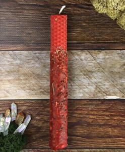 Свеча из красной вощины с травами Возлюбленные