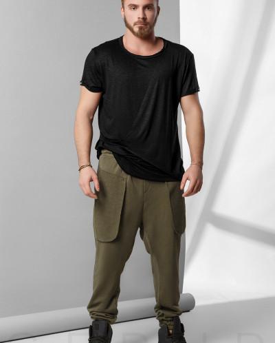 Зауженные спортивные брюки