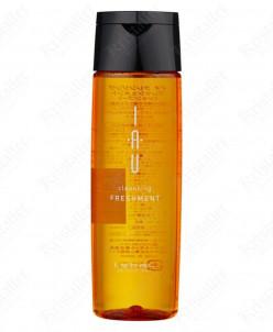 Охлаждающий аромашампунь для жирной кожи головы IAU Сleansin