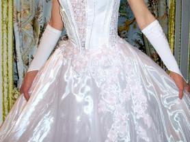 Свадебное платье с роз. цветочками