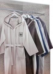 Махровый халат с капюшоном класса Люкс