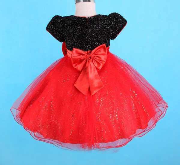 Новое нарядное платье для девочки, с этикетками