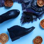 Стильные кожаные ботинки.