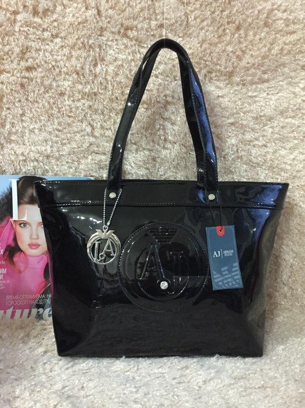 Лакированная мужская сумка armani