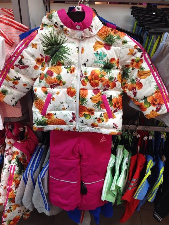 6ebc4f4d5a63f7f Потом еще есть у нас костюм плей тудей, его планирую одевать на хорошую  снежную погоду, т.к очень светлый, ни на ребенке смотритс таааак  мило,гораздо лучше ...