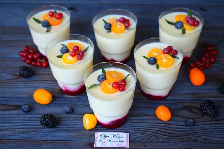 фото десерты в стаканчиках