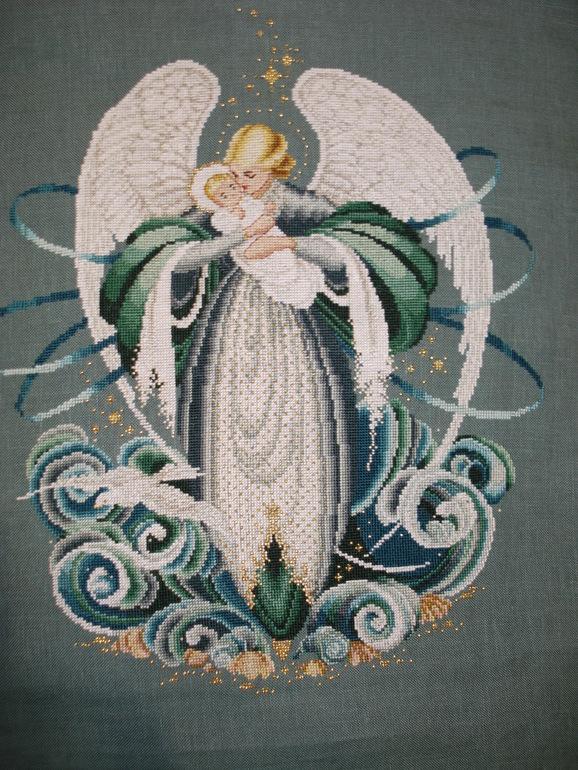 Вышивка на тему ангелов