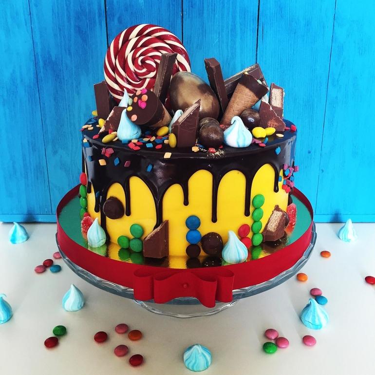 Как оригинально украсить торт своими руками в домашних условиях 46